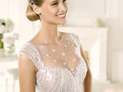 Pronovias marca la elegancia en trajes de novia
