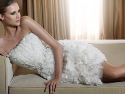 La diferencia en trajes de novia la marcan los vestidos cortos