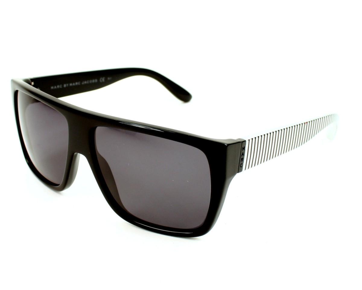 Marc Jacobs y el estilo retro de los 50 y 60 de sus nuevas gafas de sol