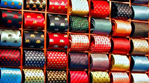 Hay un tipo de corbata que encaja con tu estilo. Sólo debes descubrirlo