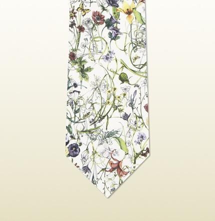 Original corbata Gucci con estampado flora