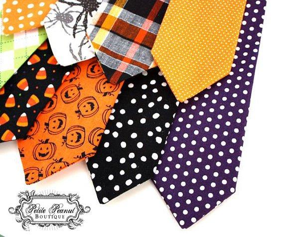 Las corbatas infantiles más de moda usan estampados imaginativos y tonos alegres