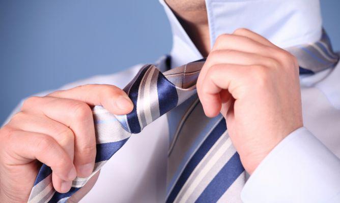 Existen tres tipos básicos de nudos de corbata