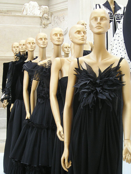 Aires de los años 20 en las colecciones de Valentino