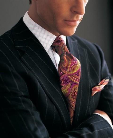El color de la corbata dice mucho de quien la viste