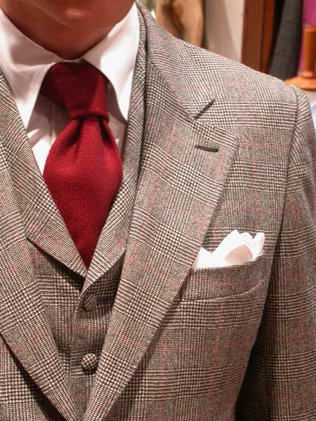 La corbata roja transmite confianza, seguridad y control de uno mismo