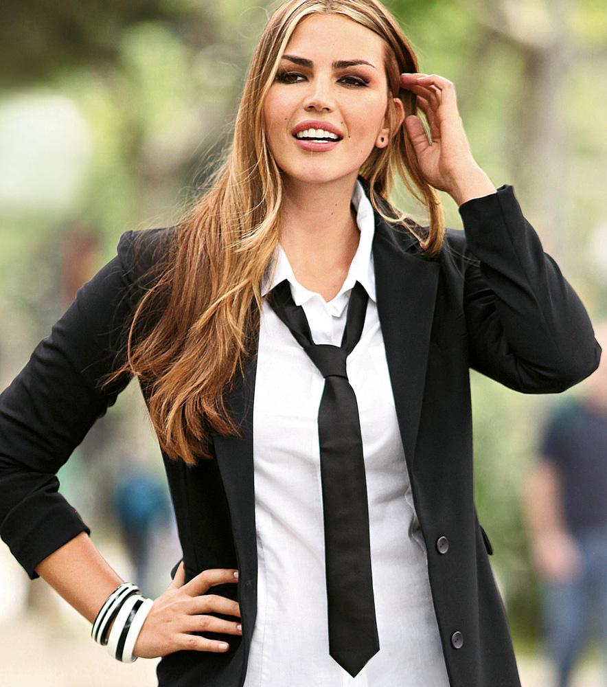 Corbatas finas para mujer