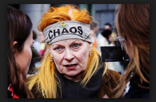 La provocadora diseñadora de moda Vivienne Westwood