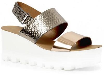 Una apuesta impactante de zapatos Primark