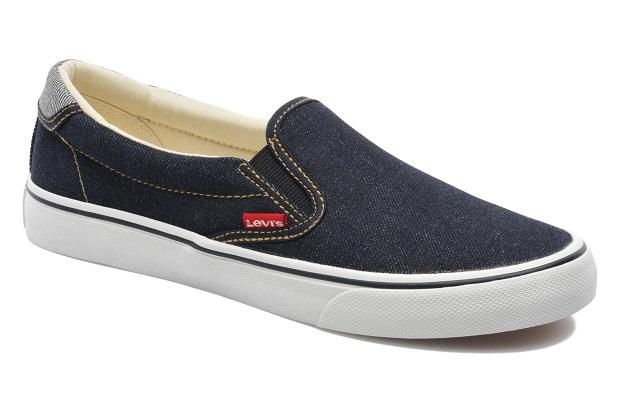 Si te calzas unas slippers estampadas con un look muy urbano, seguro que consigues crear ese efecto desenfadado que estabas buscando.