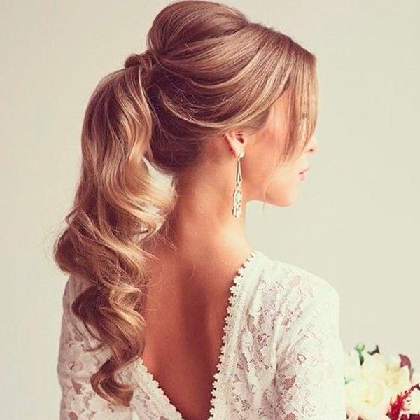 peinados de novia coleta