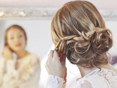 Lo que se está usando en peinados de novia