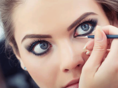 Los 6 pasos que hay que seguir para pintarse los ojos