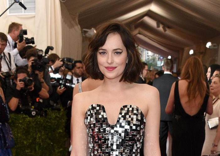 dakota johnson pelo corto