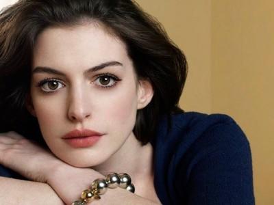 Anne Hathaway la chica más cool de Hollywood