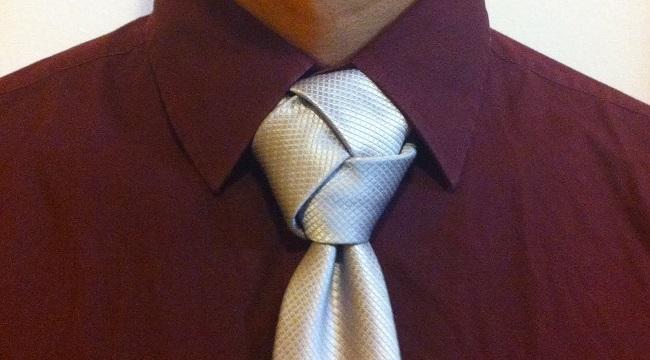 Trinity nudo corbata