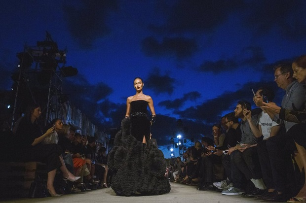 desfiles de moda 2015 (5)