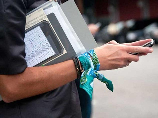 cómo ponerse un pañuelo (1)