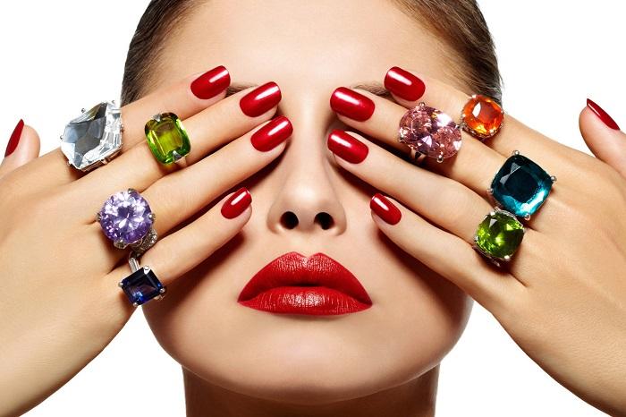 Cómo blanquear las uñas (2)