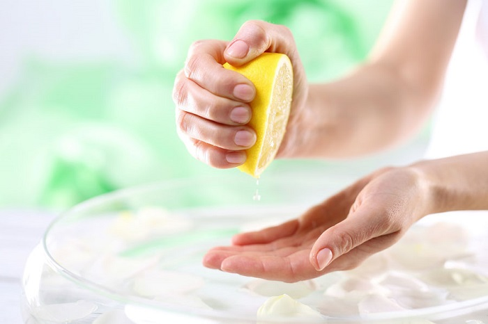 Cómo blanquear las uñas (3)