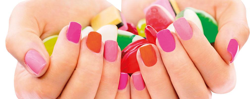 cómo blanquear las uñas portada