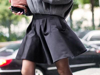 Con qué combinar una falda negra