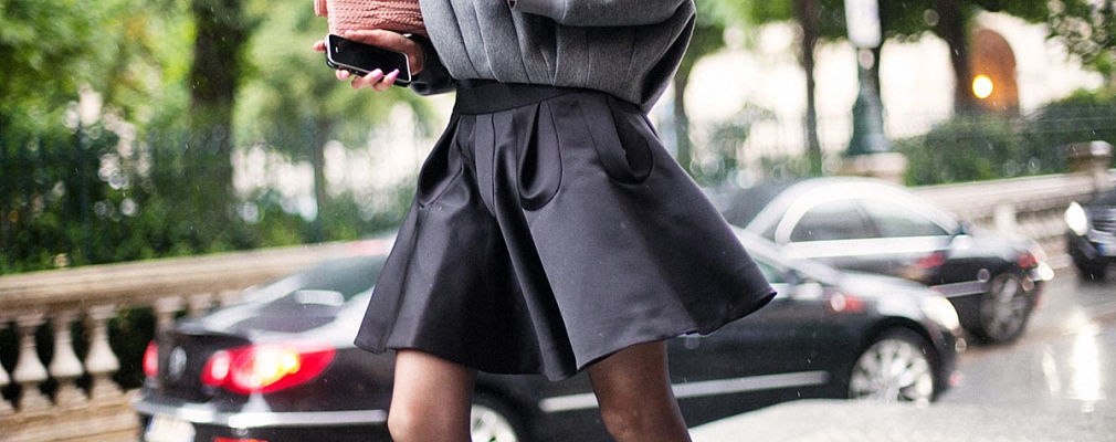 combinar falda negra portada