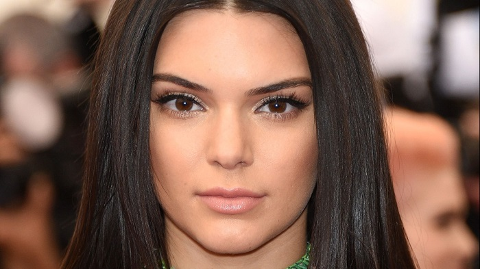 Cómo maquillarse como Kendall Jenner (3)