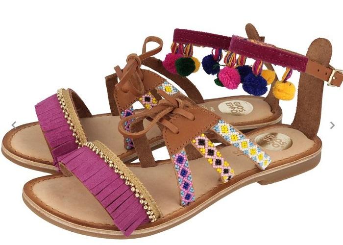 55 sandalias con pompones