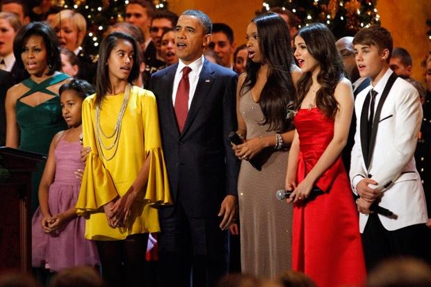 Sasha y Malia Obama (5)