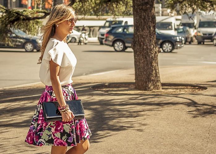 cómo combinar faldas estampadas (3)