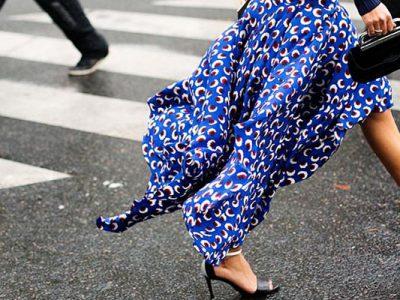 Cómo combinar faldas estampadas