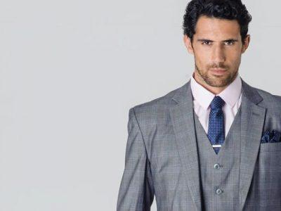 Camisa y corbata para traje gris: 10 ideas para triunfar en las bodas de verano