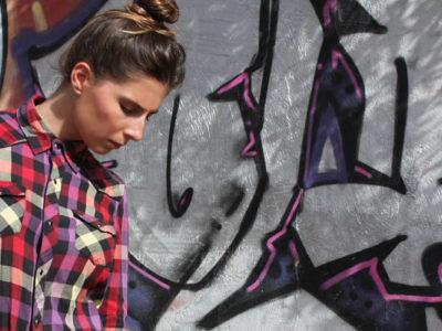 Cómo combinar una camisa de cuadros: looks que inspiran